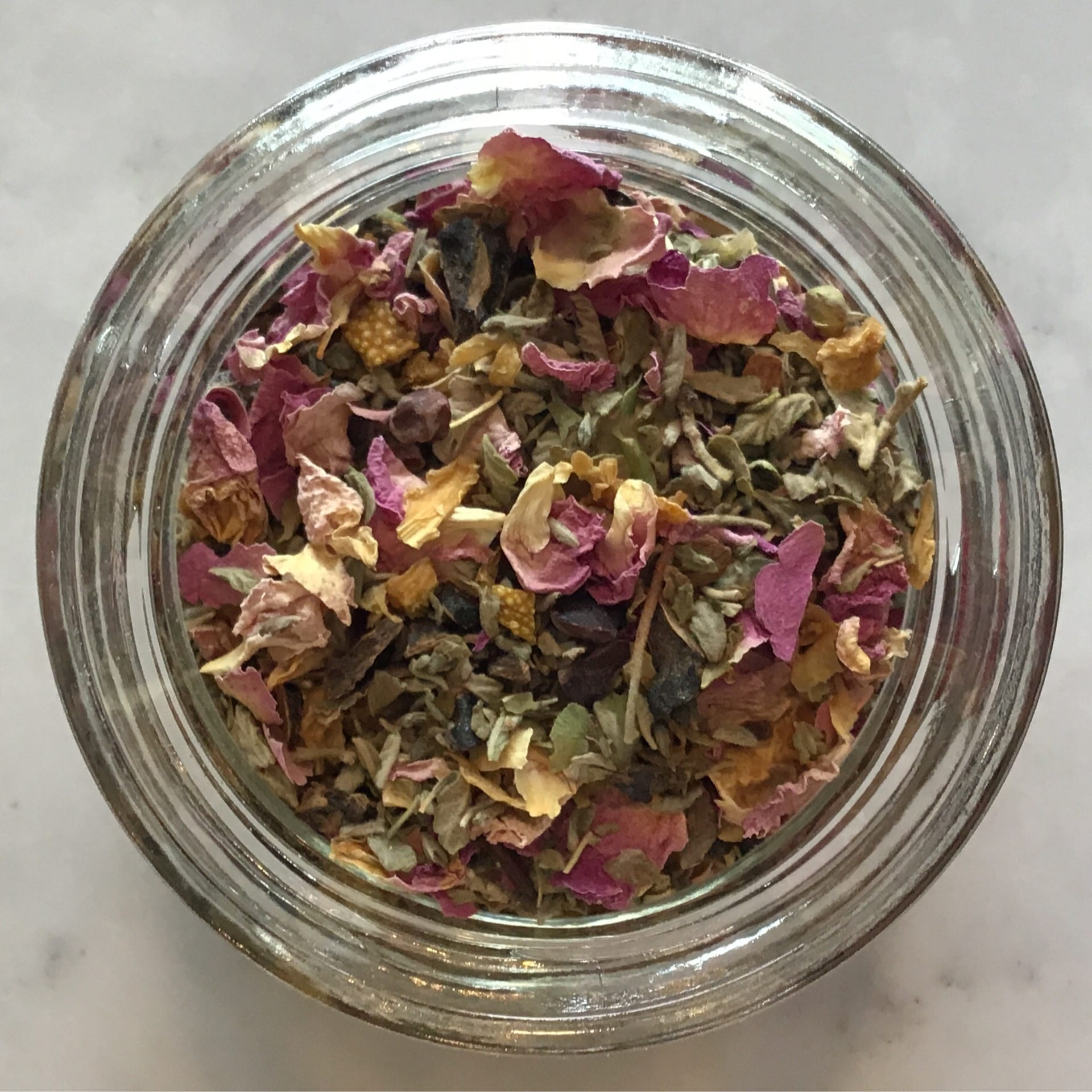 The perfect tea blend for valentines day - sweet and floral