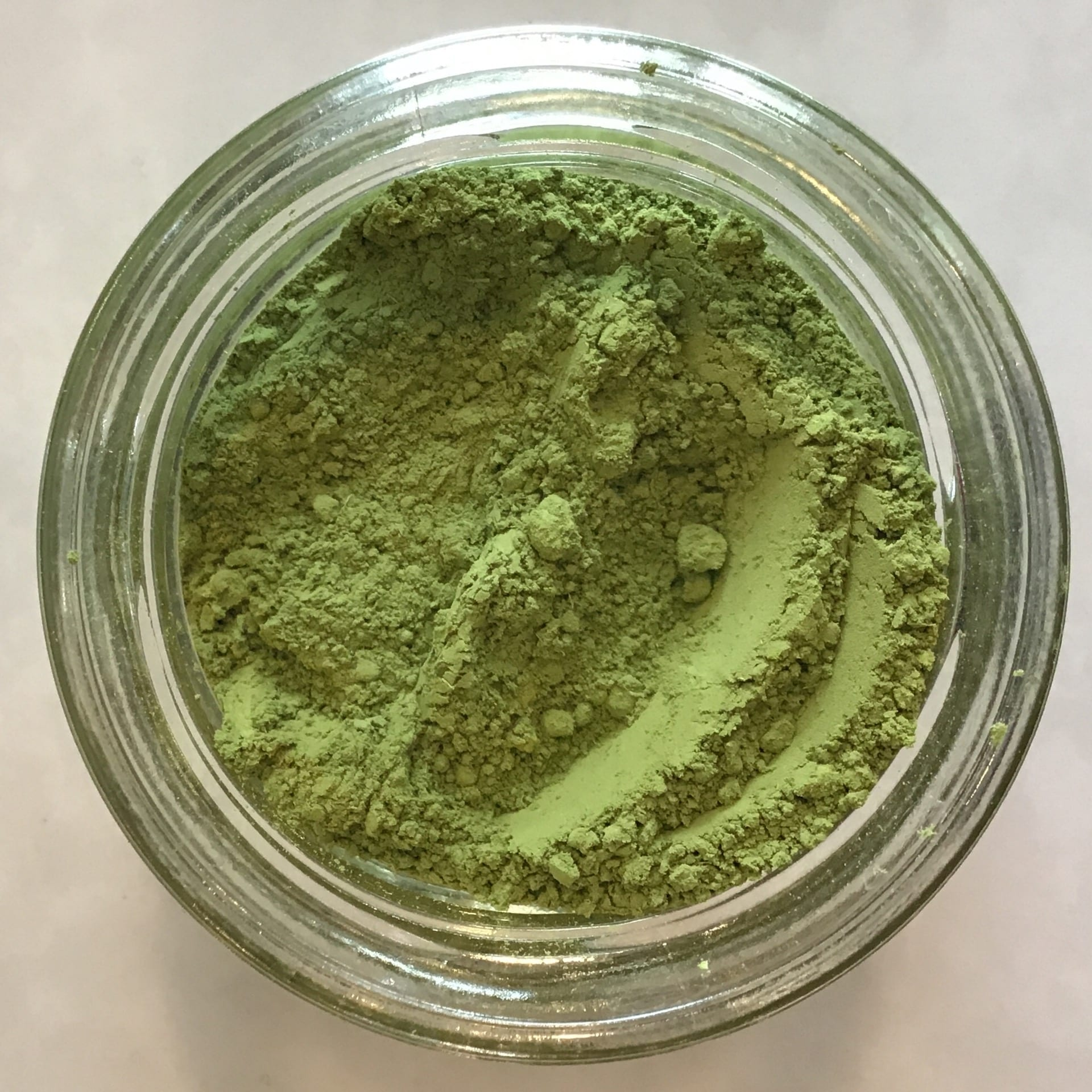 100 percent organic matcha green tea powder made without any added sweeteners sugar free